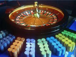 В подземном бункере московского университета работало казино