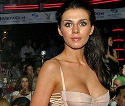 PR в шоу-бизнесе: Анна Седокова планирует снять клип в стиле эротика