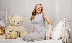 ВКонтакте о признании и фото беременной Алеши и неизвестном отце