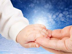 Врачи: мать может помочь победить рак ребенка