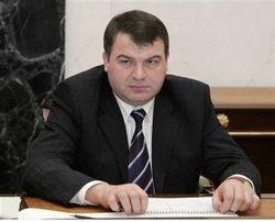 Экс-министру обороны Сердюкову подобрали уголовную статью