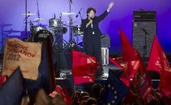 На выборах во Франции лидируют социалисты - экзит-поллы