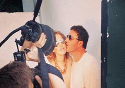 PR в шоу-бизнесе: Ксения Собчак выложила в Сеть семейные фото с мужем