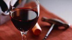 """Вся """"слабоалкоголка"""" в Украине может подорожать сразу на 34 процента"""