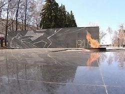 СМИ Казахстана: Вечный огонь - не место для встреч молодежи