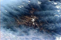 ТОП СМИ: фото Земли астранавта Канады покорило интернет