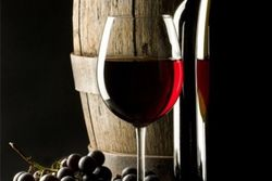 В красном вине спрятан секрет долголетия – ученые