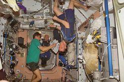 Ученые придумали чашку, из которой можно пить в космосе