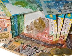 Курс тенге укрепляется к фунту стерлингов, японской иене и австралийскому доллару