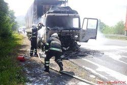 На трассе Киев-Чоп загорелся грузовой автомобиль «МАН» из Беларуси – последствия