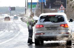 ВКонтакте о неблагодарной работе гаишников на трассе в Конча-Заспу