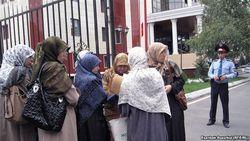 Голос Америки: Больше всех узбекских беженцев экстрадируют Россия и Казахстан