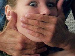 Российской школьнице, ставшей жертвой насилия в Италии, угрожают
