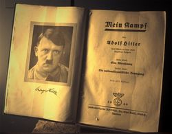 Королева Британии о Гитлере или почему фашизм снова популярен в ЕС