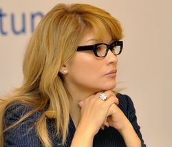 Узбекистан: Гульнара Каримова посоветовала соотечественницам рожать меньше детей