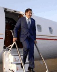 Самолет с Саакашвил вынуждено сел в Румынии