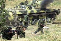Таджикские военные принимают участие в учениях