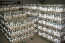 Бизнес: в Донецке выкрыли два склада поддельной водки на сумму 12 млн. гривен