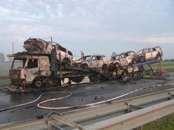 7 авто сгорели в ДТП на Ривненщине