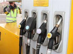 Растущие цены на бензин разгоняют АЗС