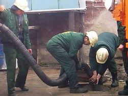 Два человека в коме после чистки канализации серной кислотой
