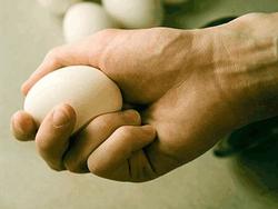 Саакашвили закидали яйцами в селе Наразени