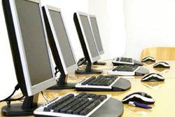 В Узбекистане госслужащих массово проверили на компьютерную грамотность