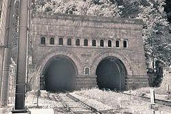 Альпийский тоннель между Италией и Францией грозятся взорвать