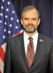 посол США в Казахстане Кеннет Фэйрфакс