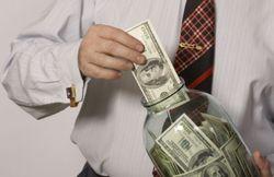 Рекордное количество валютных депозитов было размещено украинцами