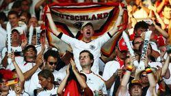 Более 17 тысяч болельщиков приехали в Украину на футбол Евро 2012