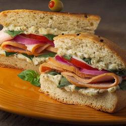 Бутерброды с ветчиной и сыром опасны для здоровья – ученые