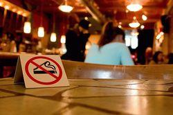 Пример для России: где и как в Европе ограничивают курильщиков