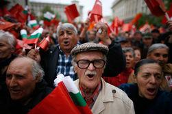 Масштабные народные протесты отправили в отставку кабмин Болгарии