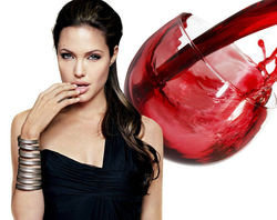 Вино Анджелины Джоли и ТОП торговых марок звезд шоу-бизнеса