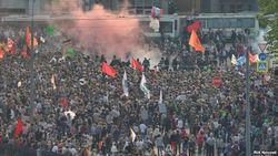 Масштабный митинг оппозиции в России - десятки задержанных