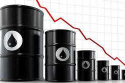 Стоимость нефти продолжает падать на фоне новостей из США