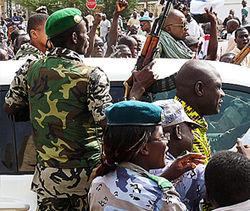 Военная хунта Мали захватила телевидение и аэропорт