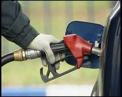 С Нового года в Украине пообещали более дешевый бензин