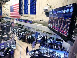 Рынок американских гособлигаций продолжает торги во флете