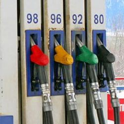 Минэнерго: в октябре в России ожидается рост цен на бензин
