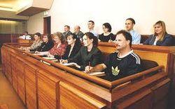 Первый суд присяжных в Украине состоится во Львове – Пшонка