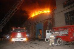 В Донецкой области горело 2340 кв метров ремонтно-механического цеха