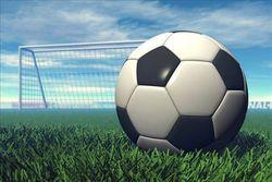 В Молдове футболист скончался посреди поля во время матча