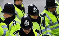 МВД Британии использовало имена умерших детей - о чем споры в Facebook