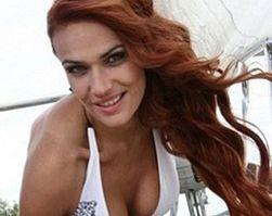 Алена Водонаева решилась уменьшить грудь