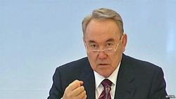 Назарбаев о коррупции: куда делись антикризисные 10 млрд. долларов