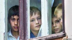 Нужно ли российским сиротам отдельное министерство?