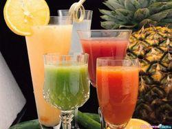 Ученые доказали вред фруктовых коктейлей для организма