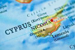 Financial Times: банки Кипра готовы конфисковать деньги форекс